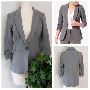 NWOT XOXO Fitted One Button Gray Fitted Blazer; M
